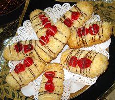 Recept na křupavé a voňavé kokosové prstíky Food Videos, Baked Potato, Rum, Sushi, Biscuits, Muffin, Baking, Breakfast, Ethnic Recipes