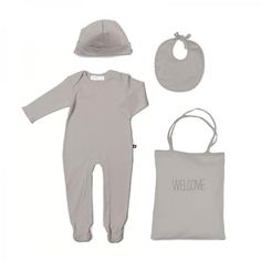 This cuddly, organic clothing set makes a charming welcome present for new…