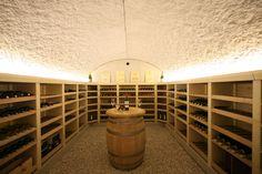 Aménagement cave voûtée Vinis … | pince | Pinte…