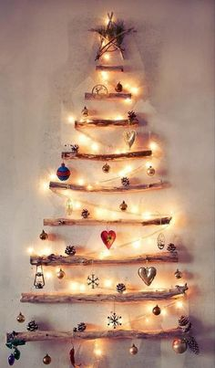 Creative Christmas Tree Ideas  http://kreativ-otletek-tarhaza.com/