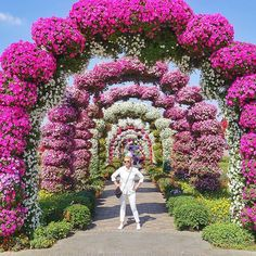 Pin for Later: This Rainbow Garden in Dubai Looks UNREAL — but You Can Actually Visit It! If you've always dreamed of exploring a fantasy world, this might be as close as you ever get. The Dubai Miracle Garden in the United Arab Emirates is 18 acres Beautiful Flowers Garden, Love Garden, Garden Art, Garden Design, Famous Gardens, Amazing Gardens, Beautiful Gardens, Rainbow Garden, Colorful Garden