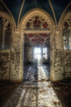 Sunlight amid ruins at the Chateau de Noisy in Belgium