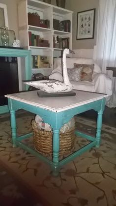 living a cottage life: Turquoise and White Table