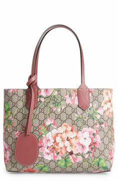7ee98cdd2e4 Reversible GG Blooms leather tote - First appearing in the Fall Winter 2015  women s fashion show