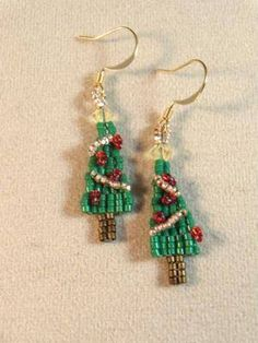 O Christmas Tree Brick Stitch Earrings