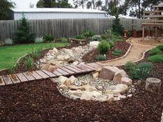 Rain Garden, Garden Paths, Garden Beds, Dry Garden, Gravel Garden, Garden Guide, Water Garden, Landscaping With Rocks, Front Yard Landscaping