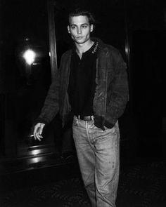 "Johnny Depp - ""Great Balls of Fire"" Premiere (1989)"