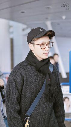 Donghae in incheon airport Lee Donghae, Leeteuk, Super Junior Donghae, Dong Hae, Last Man Standing, Korean Artist, Black Suits, Korean Celebrities, My Passion