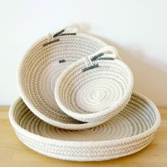 Zillpa – Rope dishes • Available at thebigdesignmarket.com Rope Crafts, Yarn Crafts, Sewing Crafts, Craft It Yourself, Rope Decor, Toy Storage Baskets, Fabric Bowls, Crochet Basket Pattern, Rope Basket