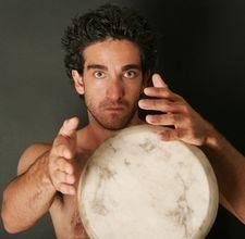How to Make a Native American Hand Drum Native American Design, Native American Crafts, Native Design, Native American Indians, Native Americans, Tambour, Frame Drum, Hand Drum, Bushcraft Skills
