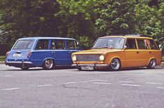 Orange and blue Rims For Cars, Old School Cars, Modified Cars, Car Tuning, Station Wagon, Car Car, Old Cars, Custom Cars, Cars And Motorcycles