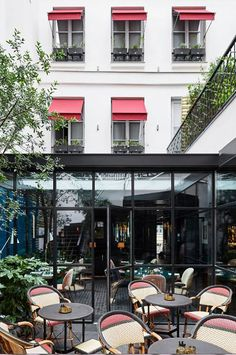 Le Roch Hotel & Spa Paris, a 5 star boutique hotel located between ...