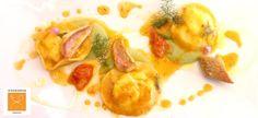 Ravioli di ricotta, triglie e pomodorini alla brace su crema di piselli e menta.