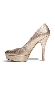 perfect for party wear. sparkles are my weakness!!
