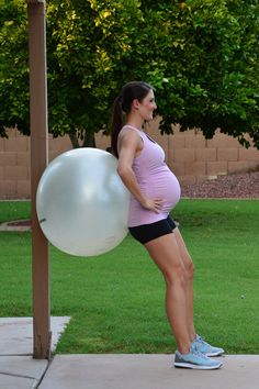 9 Prenatal Stability Ball Exercises — Preggercise