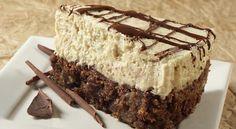 """Ova stara receptura pripremljena sa suvremenim namirnicama razveselit će sve gurmane kojima se pri spomenu riječi """"torta"""" otvara apetit. Od ove posebno ukusne"""