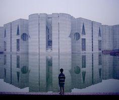Kahn, Bangladesh National Parliament