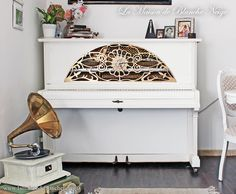 Upright piano restored steampunk-steampunk-style shabby shabby-restored floor by MaisonBlancheNeige on Etsy https://www.etsy.com/listing/189306932/upright-piano-restored-steampunk