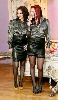 Whether it be summertime or perhaps winter season, in case there will be something that any of us generally w Black Leather Skirts, Leather Dresses, Rock Outfits, Sexy Outfits, Sexy Bluse, Blouse Sexy, Sexy Rock, Satin Bluse, Leder Outfits