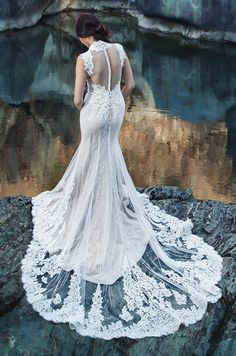The lace... to die for. Miosa Couture, Spring 2014