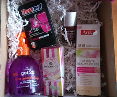 Testimony1990 - Beauty, Boxen, Food, Familie und Produkttests: Unboxing Glossybox Young Beauty
