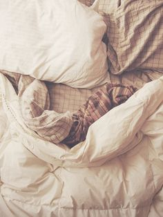 Bed by fieldandsea, via Flickr