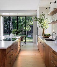Home Decor Kitchen, Kitchen Interior, Home Kitchens, Kitchen Ideas, Diy Kitchen, Modern Kitchens, Kitchen Layout, Kitchen Hacks, Contemporary Kitchens