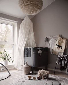 Love this gorgeous kid's room by 👈🏻 Midnatt organic duvet set available online 💫 . Baby Bedroom, Baby Boy Rooms, Baby Room Decor, Nursery Room, Kids Bedroom, Baby Room Design, Nursery Inspiration, Kidsroom, White Light