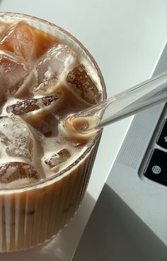 But First Coffee, Coffee Love, Iced Coffee, Coffee Drinks, Coffee Break, Aesthetic Coffee, Aesthetic Food, Comida Do Starbucks, Food N