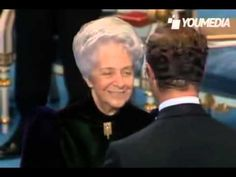 Rita Levi Montalcini receiving the Nobel Price for Medicine on December 1986 at the Concert Hall of Stockholm