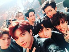 """""""170101 Woohyun's Instagram Update: 2017년 인피니트 Trans: 2017 INFINITE"""" Translated by onlydongwoo Please take out with credits."""