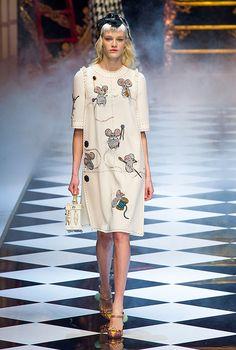 Обзор Buro 24/7: Dolce & Gabbana, осень-зима 2016, Buro 24/7