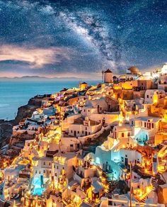 Santorini, Dubai, or Paris The place would you journey to first? 😍 Photograph by Santorini Santorini, Dubai, or Paris Where would you travel to first? 😍 Photo by Vacation Places, Dream Vacations, Places To Travel, Vacation Travel, Popular Honeymoon Destinations, Travel Destinations, Travel Tips, Travel Vlog, Travel Hacks