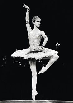 Sylvie Guillem in Raymonda. No other Raymonda will do. <--- this is the truth