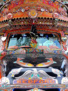 Pakistan - Bus 4 by Arnim Schulz