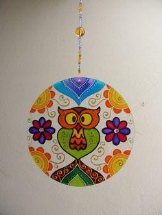 Mandala Vitral CORUJA Pintura em vidro, técnica vitral Com 20 cm de diâmetro…