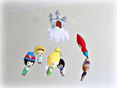 Fairytale mobile - baby mobile - castle - Snow White - Red Riding Hood - Pinocchio - Tinkerbell - Mad Hatter - Alice in Wonderland