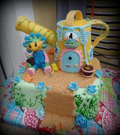 - * Fifi cake
