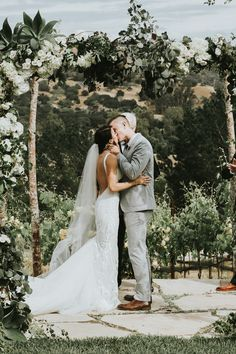 Sweet kisses from this San Luis Obispo wedding at The Casitas Estate   Image by Krista Ashley Photography