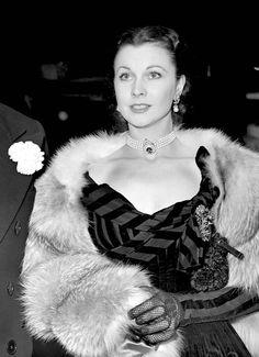 "Vivien Leigh at the premiere of ""Anna Karenina"" -1948"