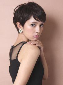 大人のシンプルフレンチショート(髪型ショートヘア)