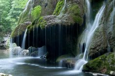 This beautiful waterfall is in Romania. Izvorul Bigar is located in the south part of the Anina Mountains. In 2000th this waterfall was declared for natural protected area. The water falls on the rock which is covered with moss. This is the most beautiful waterfall in Romania, but many people will tell you that this […]