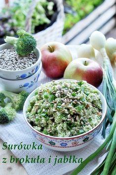 Surówka z brokuła i jabłka to kolejna moja propozycja na przygotowanie surówki z surowych warzyw i owoców. Ostatnio podałam Wam przepis na surówkę z kalafiora i warzyw. Podobnie posztakowany surowy brokuł jest smaczny i zdrowy, a surówka jest chrupiąca. Jedzenie … Czytaj dalej → Simply Recipes, Polish Recipes, Side Salad, Guacamole, Good Food, Cantaloupe, Food And Drink, Mexican, Healthy Recipes