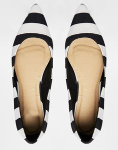 Stripe Pointed Ballet Flats