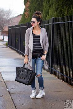 19. #Weekend Uniform - 51 #Amazing Maternity #Street Style #Shots for Fashion #Inspiration ... → Fashion #Fashion