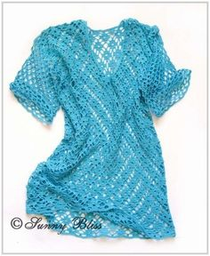 Free Crochet Pattern for Spectacular Tunic Looking for a fun tunic or a great cover-up for the beach? Try this bright and colorful one, you can make it in an afternoon.