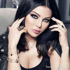 Pretty-as long as if she doesn't have an disgusting noticeable ink on her! Haifa Wehbe, Most Beautiful Faces, Beautiful Wife, Stunning Eyes, Real Star, My Beauty, Beauty Women, Beauty Girls, Arabic Makeup