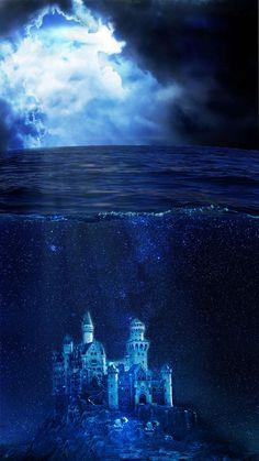 Underwater world by Hana Saller