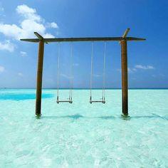 Anantara Dhigu Maldives Resort  #Maldives  Photo @andrums84  #vacation #nichegetaways #hotels #clearwater #dreamy #mood #stayinspired #islands #beautifuldestinations