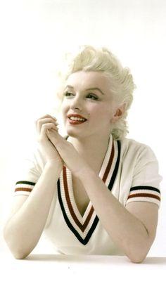 "Marilyn Monroe, ""The Tennis Sweater Sitting"". Milton Greene, 1955"